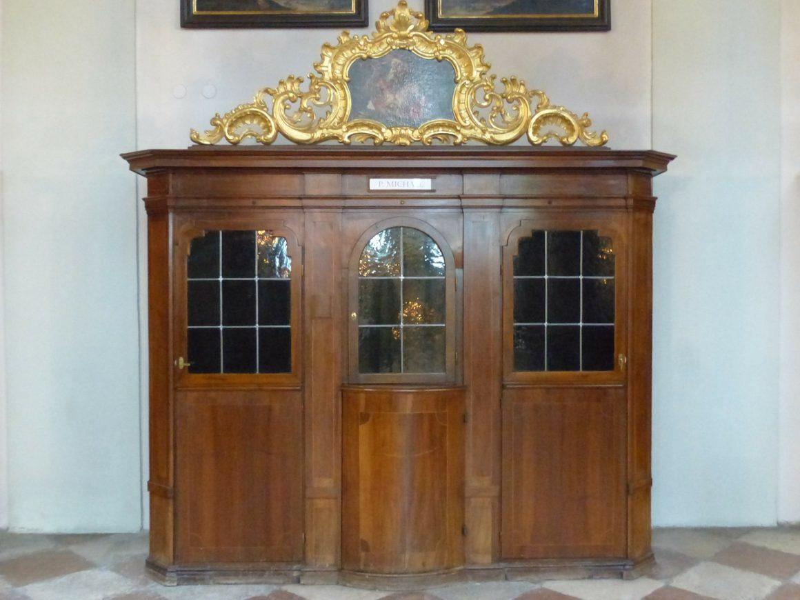 confessional-122762_1280